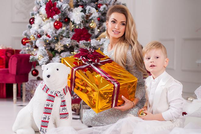 Евгения Феофилактова-Гусева с сыном