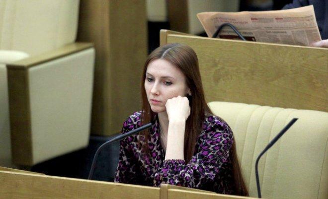 Светлана Захарова в Госдуме