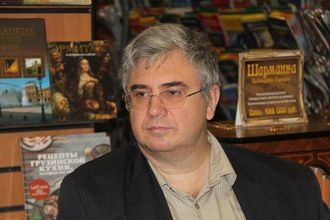 Писатель Роман Злотников