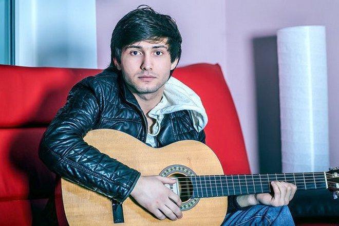 Музыкант Адлер Коцба
