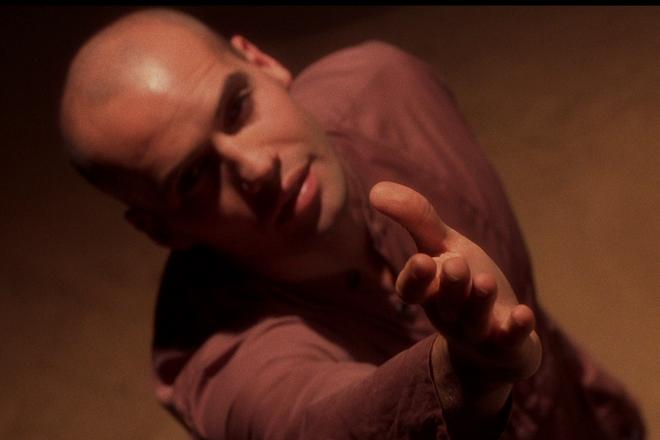 Билли Зейн в фильме «Байки из склепа: Рыцарь-демон»