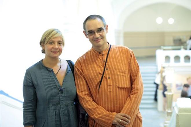 Антон Носик с женой
