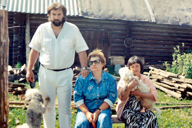 Людмила Марченко с мужем Сергеем Соколовым и сестрой