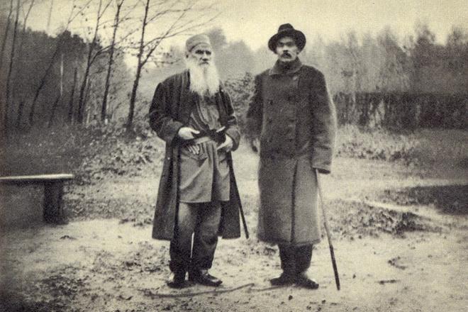 Лев Толстой и Максим Горький