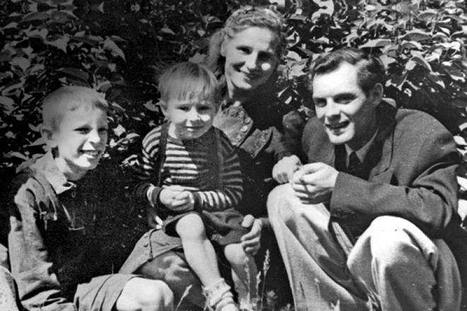 Геннадий Нилов в детстве