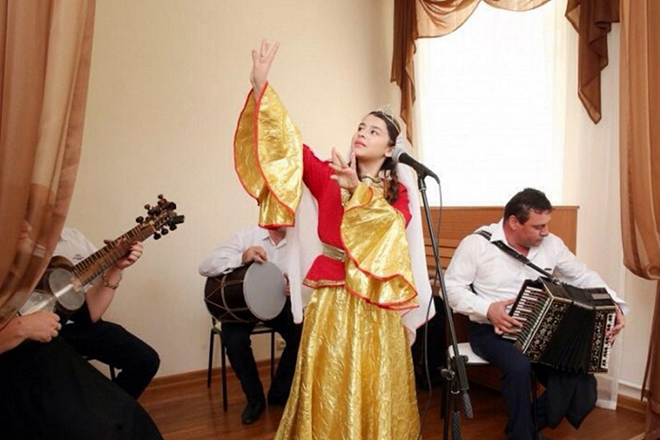 Эльвира Яхьяева любит народные песни