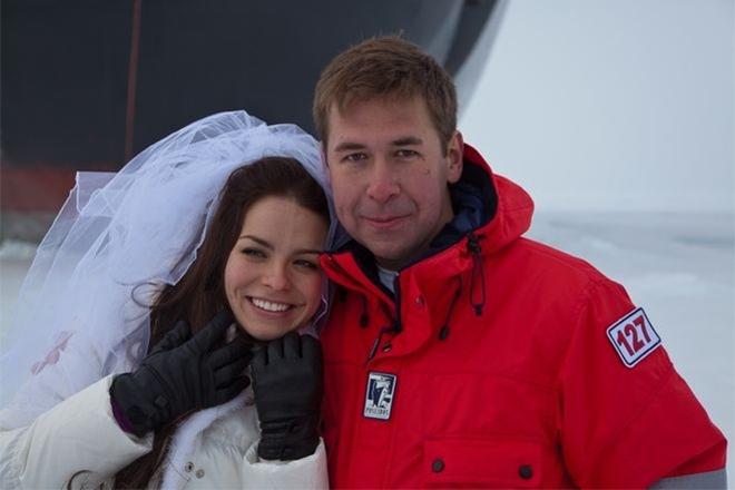 Свадьба Анастасии Шутовой и Ильи Новикова на Северном полюсе