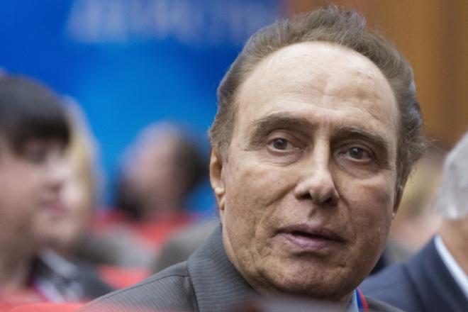 Актер, режиссер, певец Николай Сличенко