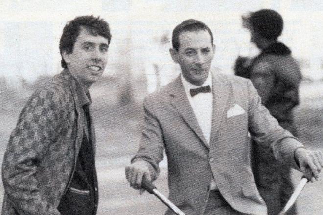 Тим Бертон (слева) на съемках фильма «Большое приключение Пи-Ви»