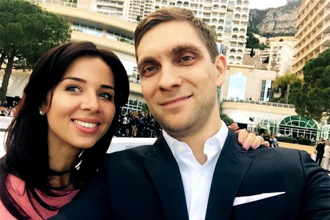 Виталий Петров и его девушка