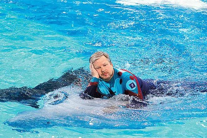 Валдис Пельш в передаче «Вместе с дельфинами»