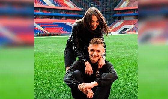Фёдор Чалов и его девушка Валерия Федотова
