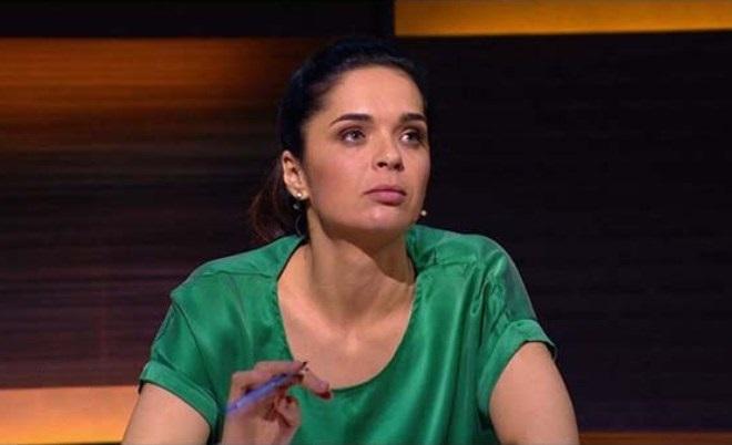 Юлия Ахмедова в шоу «Открытый микрофон»