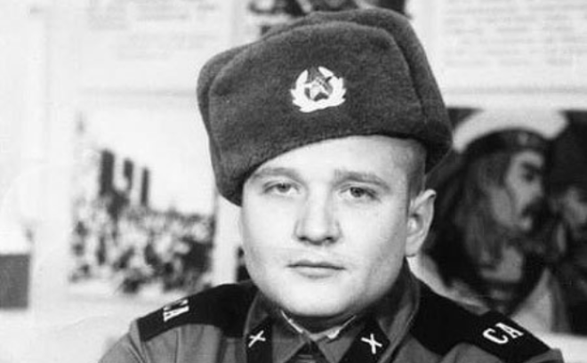Роман Мадянов в армии