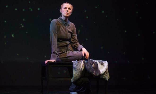 Дина Корзун в театре