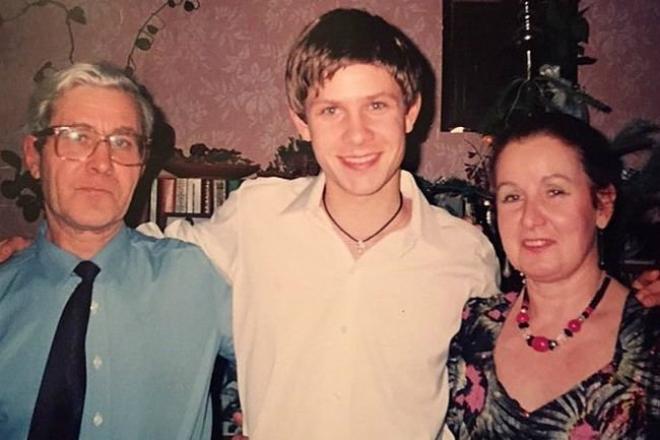 Митя Фомин с родителями