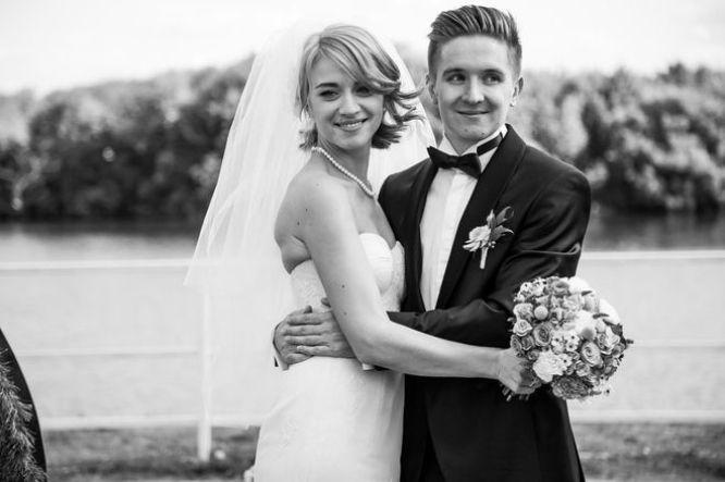 Денис Кукояка с женой