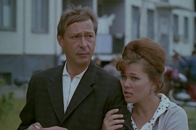 Люсьена Овчинникова в фильме «Мама вышла замуж»