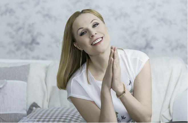 Актриса Дина Корзун