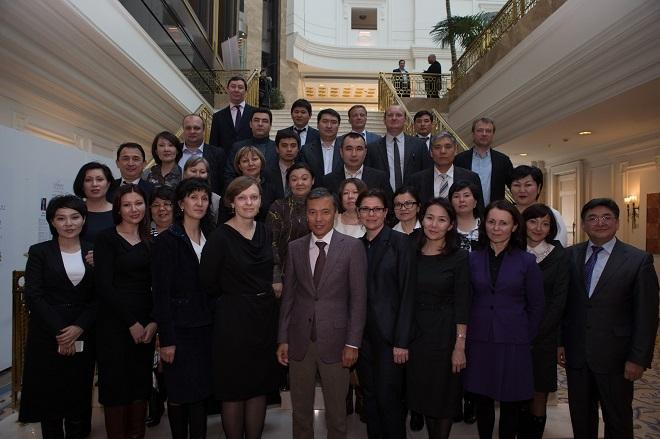 Жомарт Ертаев и его коллеги