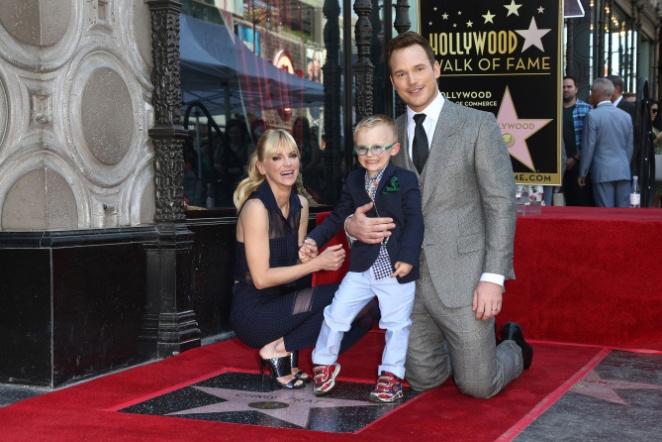 Анна Фэрис и Крис Прэтт с сыном