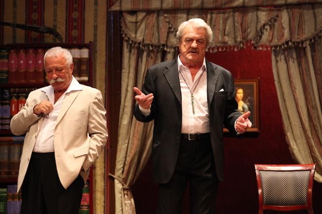 Леонид Кулагин в театре