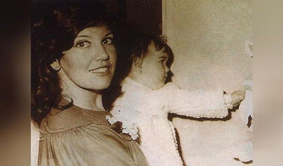 Маленькая Наталья с мамой