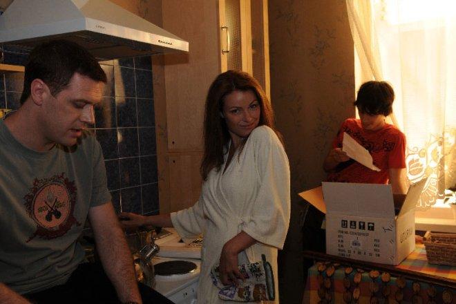 Иван Оганесян и Виктория Маслова на съемках сериала
