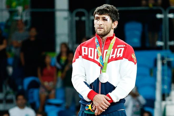 Борец Аниуар Гедуев