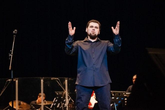 Музыкант Михаил Озеров