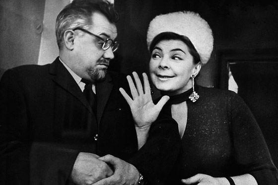 Ольга Аросева в «Кабачке 13 стульев»