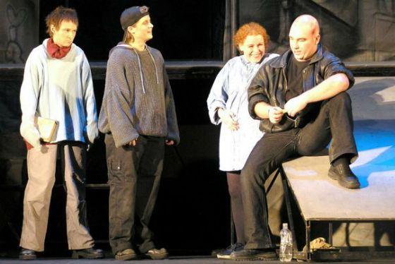 Спектакль «Домой!..», постановка Светланы Крючковой