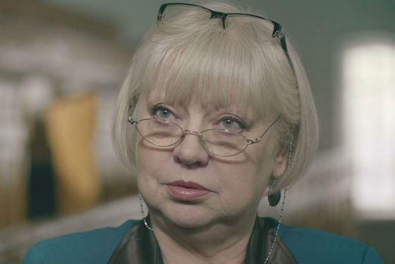Элегантная Светлана Крючкова была ведущей программы «К доске»
