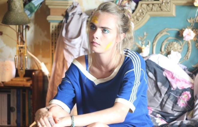 Кара Делевинь в фильме «Влюбленные дети»