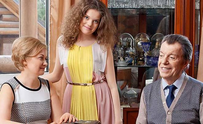 Вячеслав Шалевич и Татьяна Виноградова с дочерью Анной