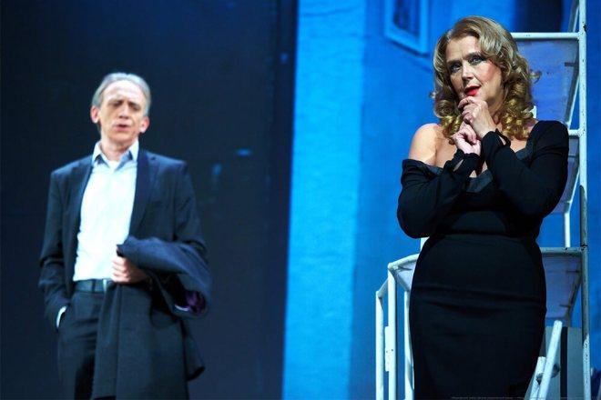 Ирина Алфёрова в спектакле «Ночь с незнакомцем»