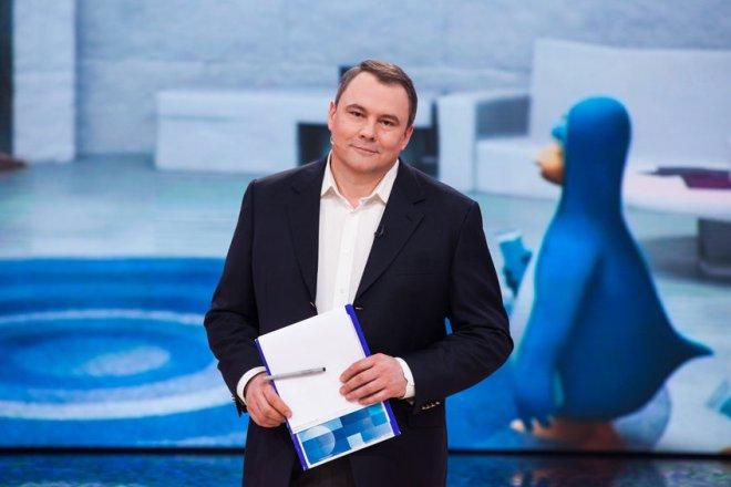 Телеведущий Петр Толстой