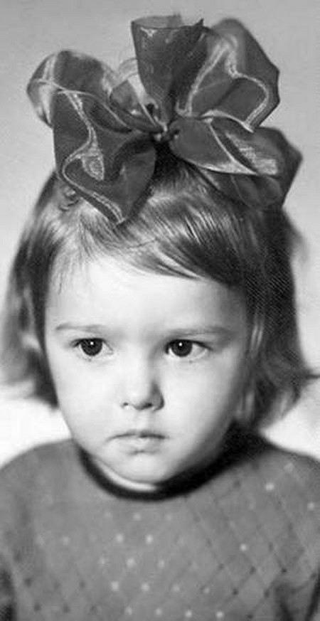 Актриса Ольга Понизова в детстве