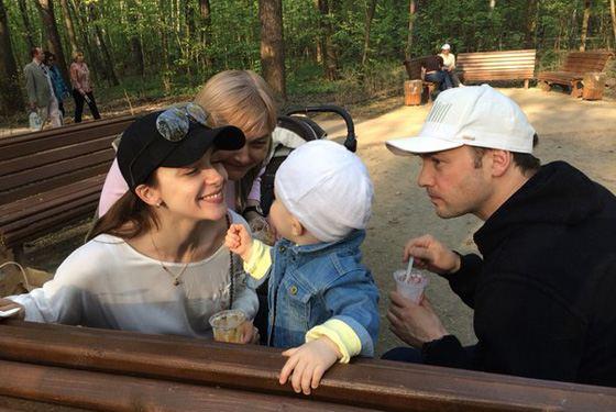 Анна Снаткина и Виктор Васильев с дочерью Вероникой