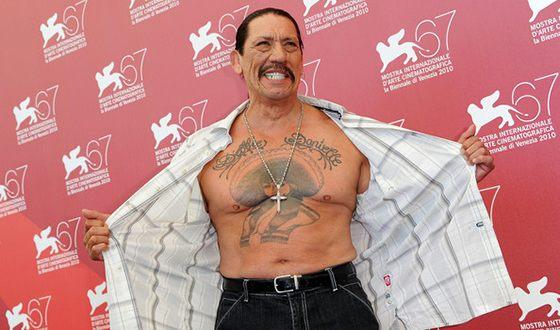 Все тело Дэнни Трехо покрыто татуировками